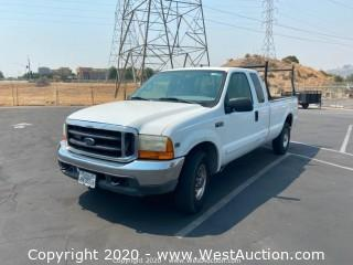 2001 Ford F250 V10 Gas XLT Pick Up Truck