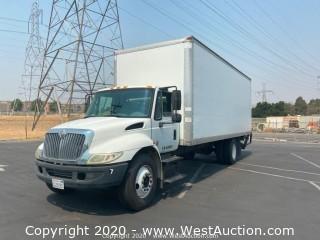 2003 International 4300 Box Truck with Lift Gate