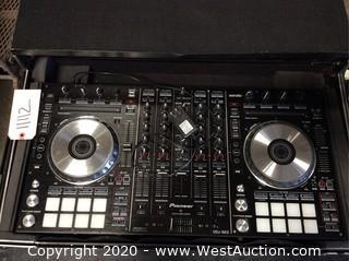 Pioneer DDJSX2 Serato DJ Controller in Hard Road Case