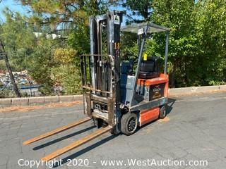 Toyota 2400 Lb Electric Forklift