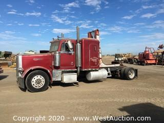 1995 Peterbilt 2-Axle Tractor with Sleeper and Dump Hoist