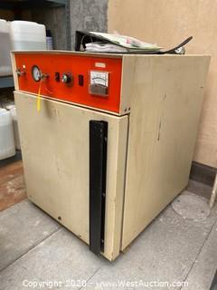 Napco 5861 Vacuum Oven