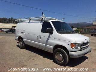 1999 Ford E-250 Van