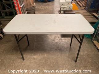 2'x4' Plastic Folding Table