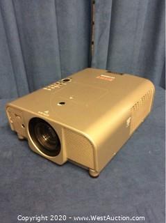 Eiki Projector LC-XG250