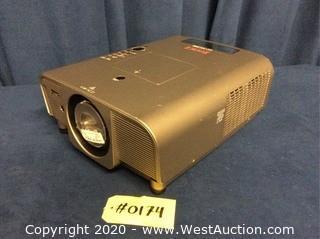 Eiki Projector LC-XG300