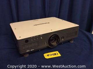 Panasonic DLP Projector PT-D4000U