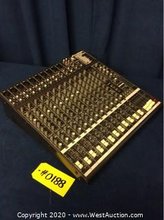 Phonic AM-844D Mixer