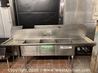 Stainless Steel 3 Compartment Sink with Drainboards