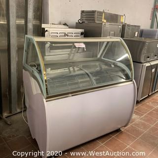 "47"" Popsicle Freezer/Ice Cream Display Case"