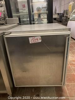 Silver King SKR27 Under Counter Refrigerator