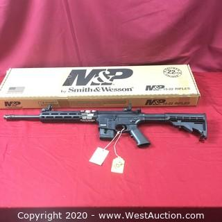 """NEW"" Smith & Wesson M&P 1522CA"