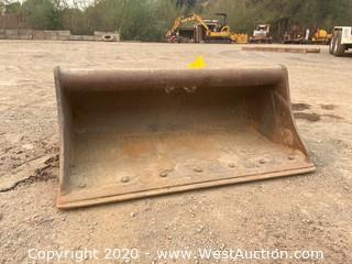 "Wayne Roy 304E 42"" Excavator Grading Bucket"