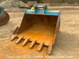 """Cat 312 48"""" Excavator Bucket"""