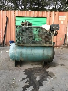Curt Air Compressor with 13 hp Honda Motor