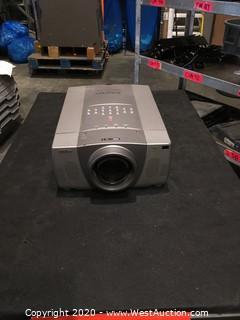 SANYO Pro Xtrax Multimedia Projector