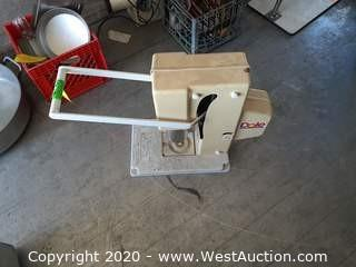 Dole Pineapple Cutter