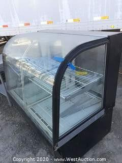 Curved Front Bakery Display Case with Light