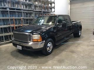 1999 Ford F-350 Super Duty Dually Pickup Truck