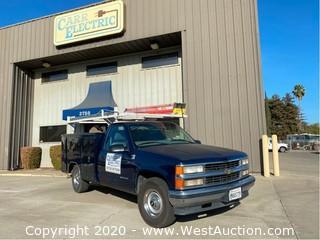 1999 Chevrolet Silverado 2500 Utility Truck