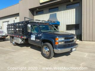 2001 Chevrolet 3500HD 2 Ton Stake Bed