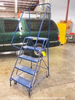 Louisville 5-step Steel Rolling Warehouse Ladder