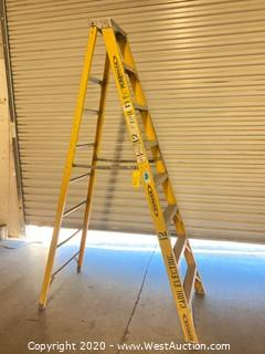 Werner 7208 8ft Fiberglass Folding Ladder