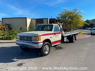 1989 Ford Super Duty Tow Truck