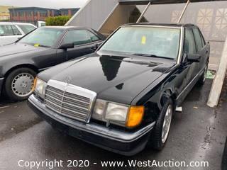 1991 Mercedes-Benz 300 E