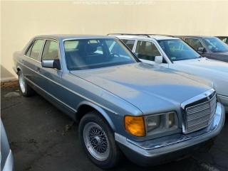 1982 Mercedes-Benz W126