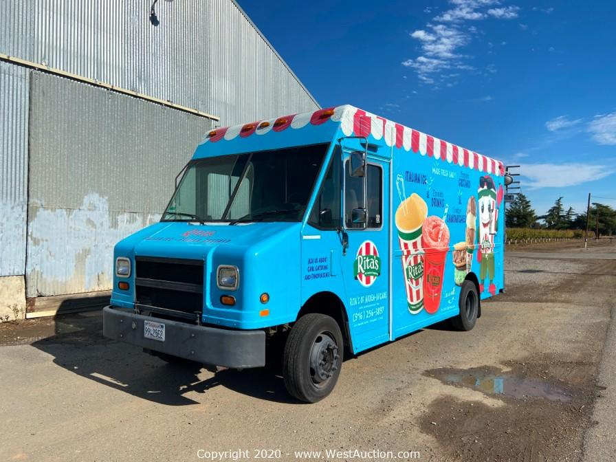 Online Auction of 1998 Freightliner Mt45 Chassis Food Truck