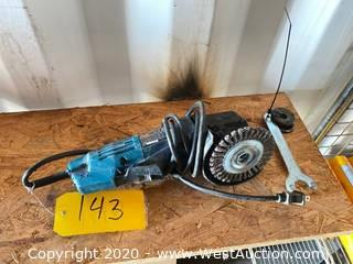 Chicago Electric 4-1/2in Angle Grinder