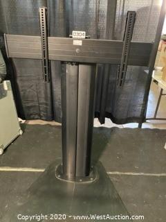 Chief Lfaub TV Mount / Floor Stand