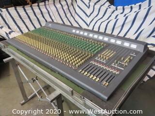Yamaha MC3210 Monitor Console