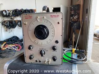 Vintage PACO Signal Generator In Case