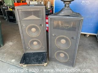 Pair Of McCauley SA212-2 Speakers With Horn