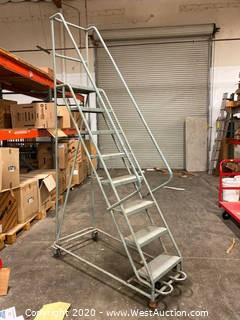 7' Warehouse Ladder
