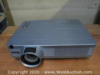 Eiki XB200A Projector