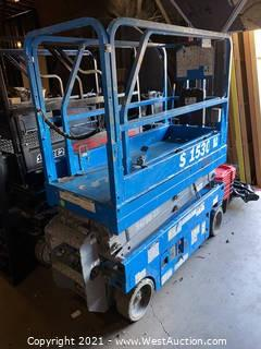 Blue Scissor Lift GS 1530