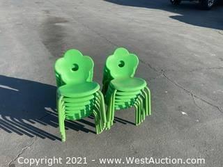 12 Green Cloverleaf Children's Chairs