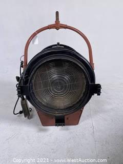 Mole-Richardson Baby Senior Solarspot 2000W