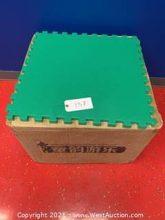 """(24) Green Commercial 3/4"""" Floor Interlocking Mats"""