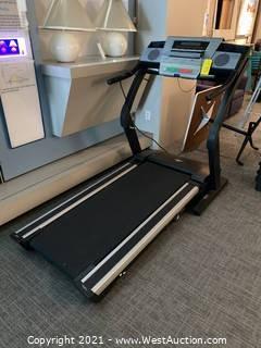 NordicTrack E3800 Treadmill