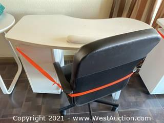 Manicure Table & Chair