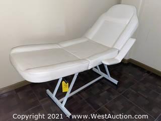 Adjustable Spa/Massage Table