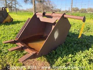 "16"" Mini-Excavator Bucket"