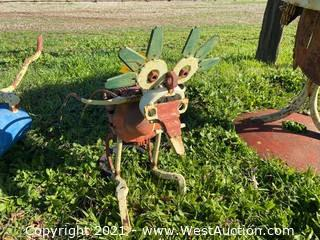 Welded Metal Lawn Figure Yard Art