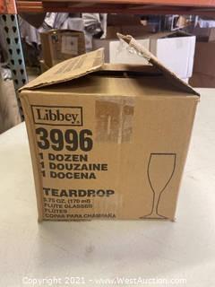 (1) Box Of (12) 5.75 Oz Teardrop Flute Glasses (3996)