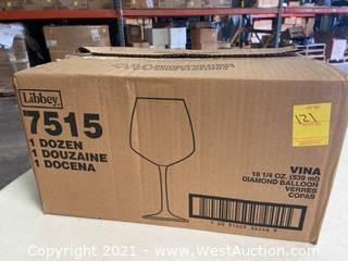 (1) Box Of (12) 18.25 Oz Diamond Balloon Glasses (7515)