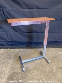 Adjustable Height Rolling Table